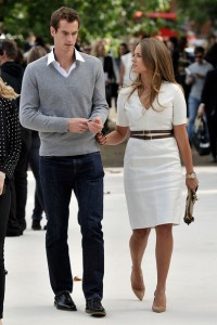 Andy Murray and Kim Sears walking