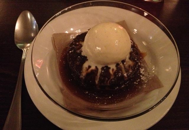 Sticky toffee pudding @ Bumpkin