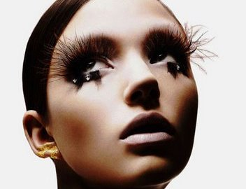 Magnetic lashes are better then traditional lashes.