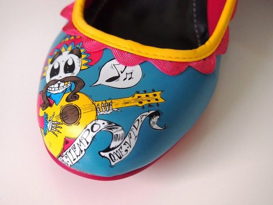 Cartoon Shoes by T.U.K